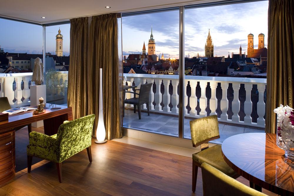 Mandarin Suite View